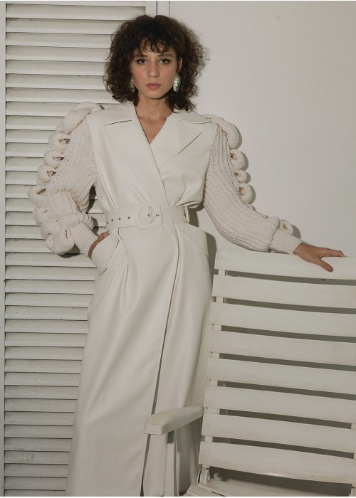 TRENCH COAT WITH KNITTED SLEEVES