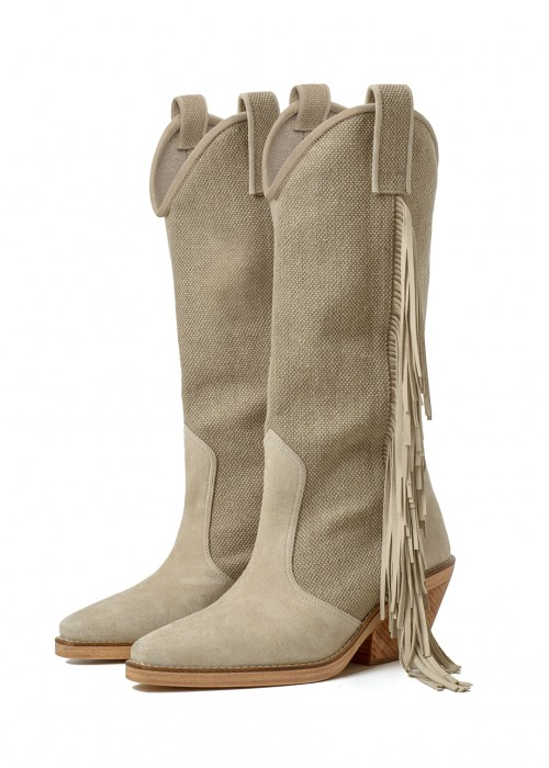 COWGIRL BOOTS WITH FRINGES