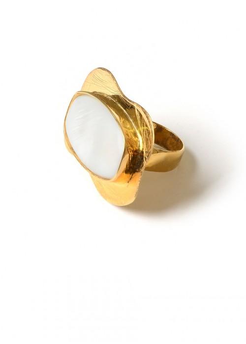 WHITE SADAF RING